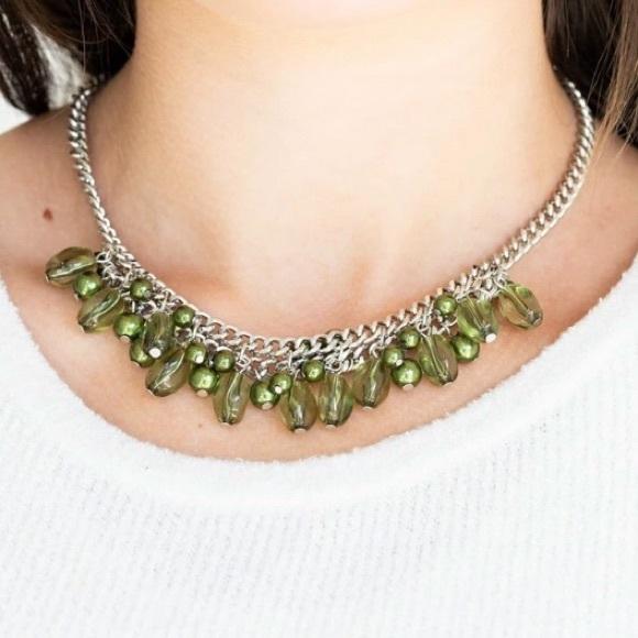 3/$20 Paparazi 5th Avenue Flirtation Green Necklace and Earring Set